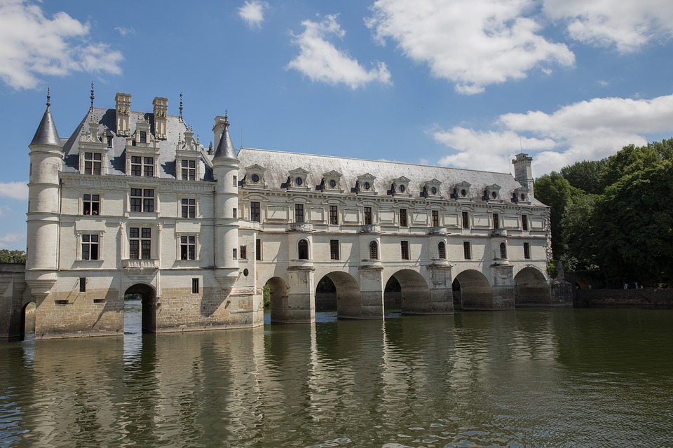 castle-1593573_960_720.jpg