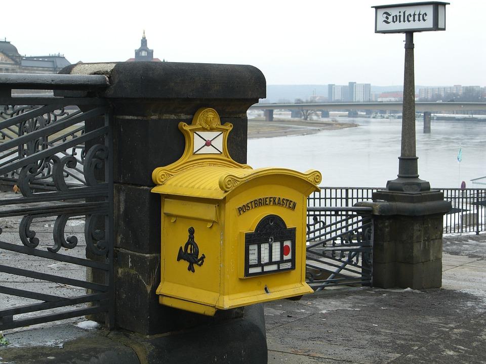 mailbox-378092_960_720.jpg