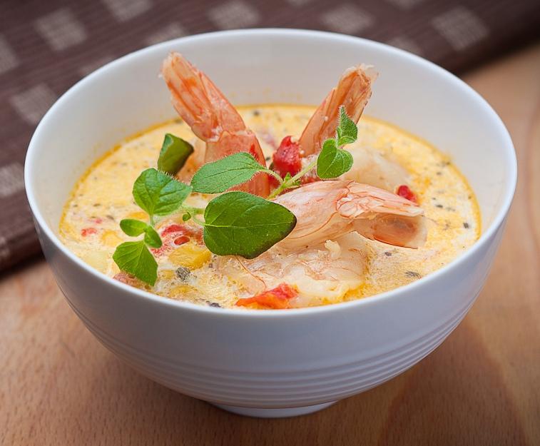 Shrimp_and_corn_chowder.jpg