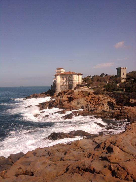 coastline-217021_960_720.jpg