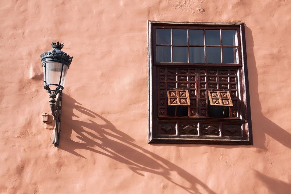 lamp-572461_960_720.jpg