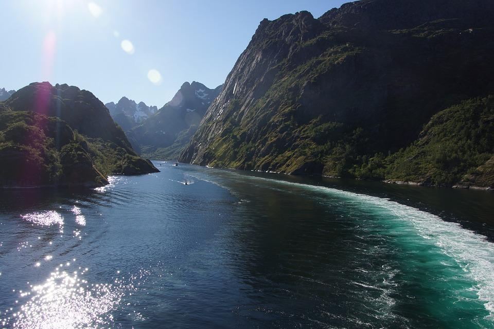 troll-fjord-1756261_960_720.jpg