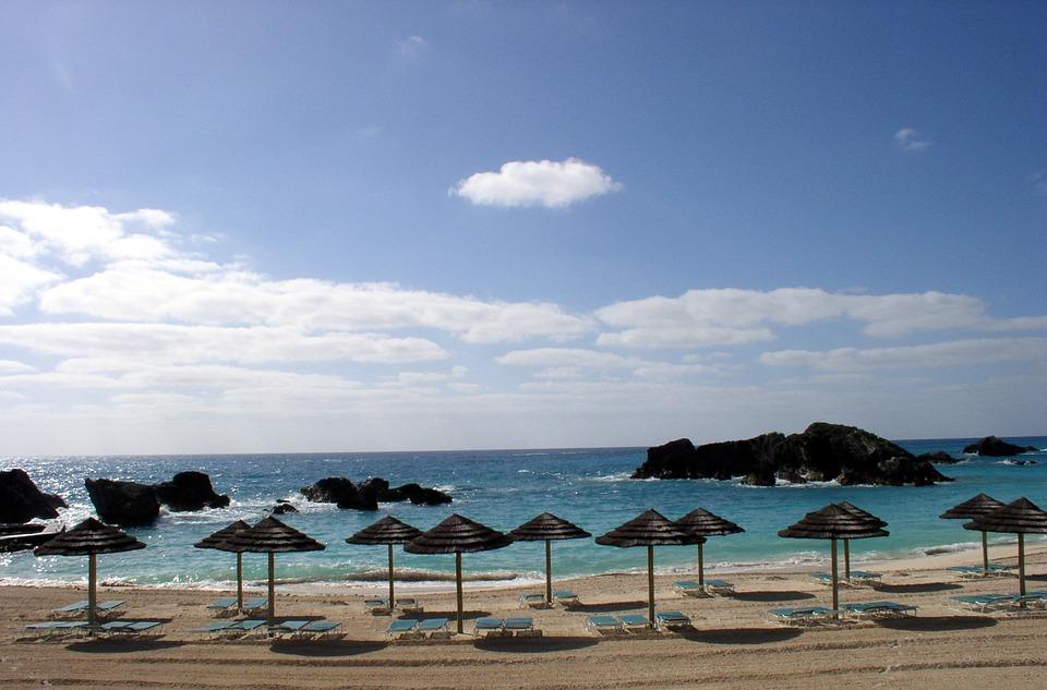 beach-613429_960_720.jpg