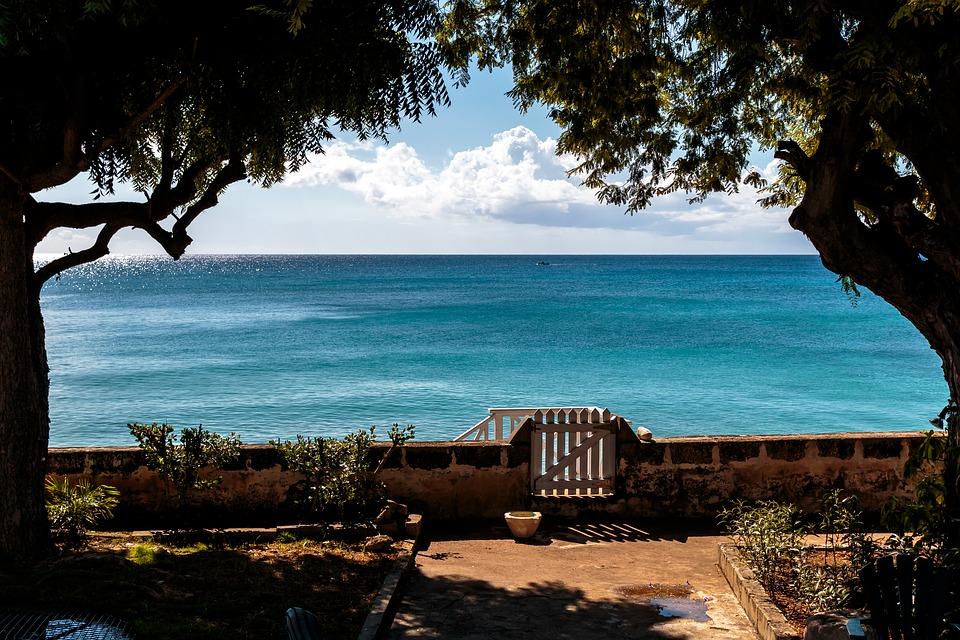 clearwater-villa-ocean-view-1549550_960_720.jpg