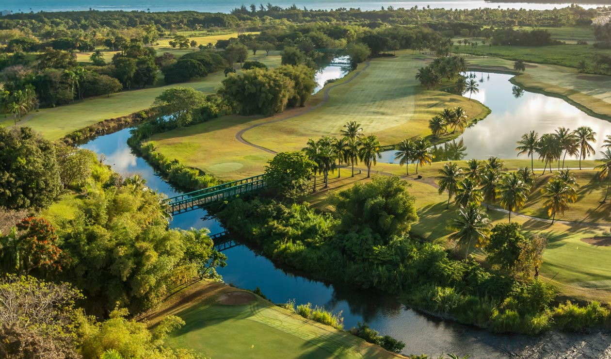 golf-at-wyndham-grand-rio-mar-beach-resort-and-spa3-top.jpg
