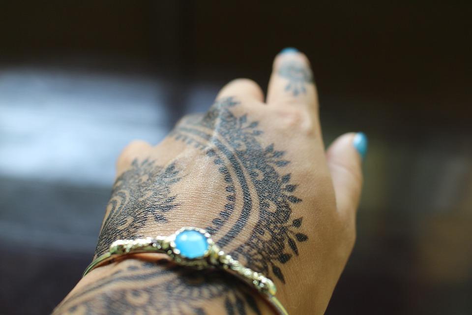 henna-1581329_960_720.jpg