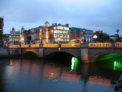 Ireland_Dublin_Night.jpeg