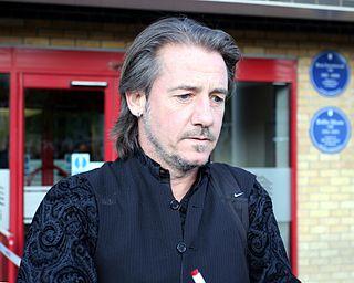 Ian_Bishop_at_West_Ham_United's_Boleyn_Ground_19_April_2014.jpg