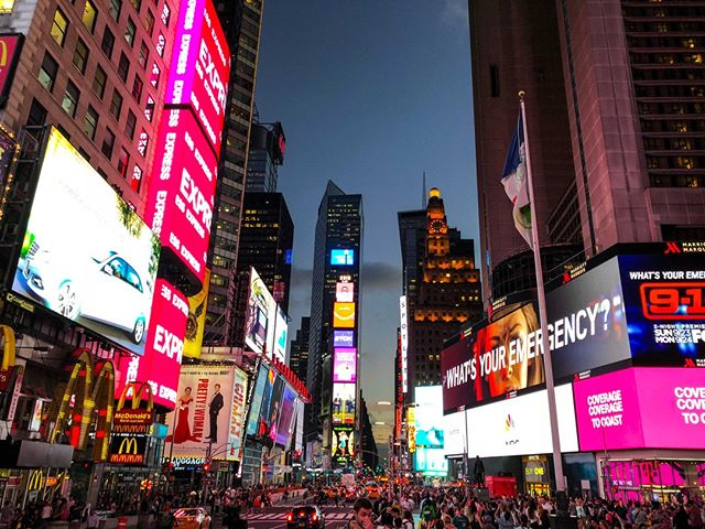 #timesquare in #newyork!! As amazing as I though it would be!