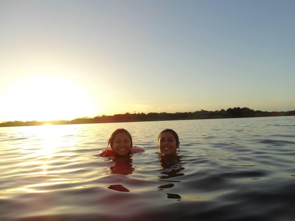 Laguna Grande /  Grande Lagoon