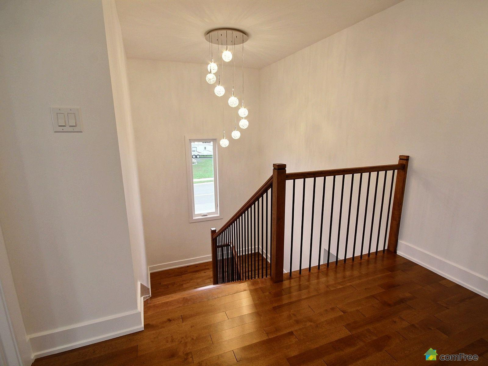 staircase-new-home-for-sale-rockland-ontario-1600-6589209.jpg