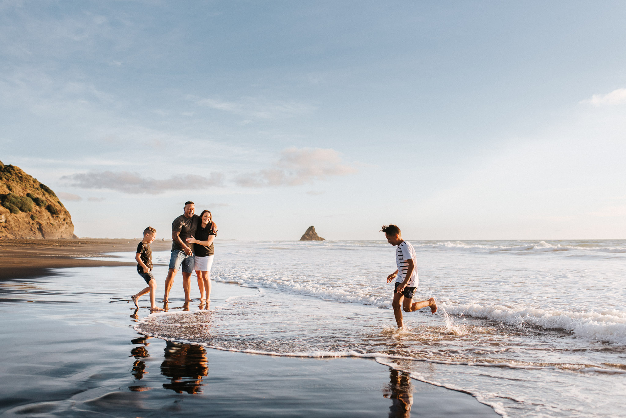 Fun and playful family photography on the beach + Jess Worrall Photography
