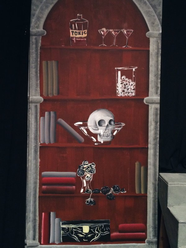 addamsfamily-bookshelf.jpg