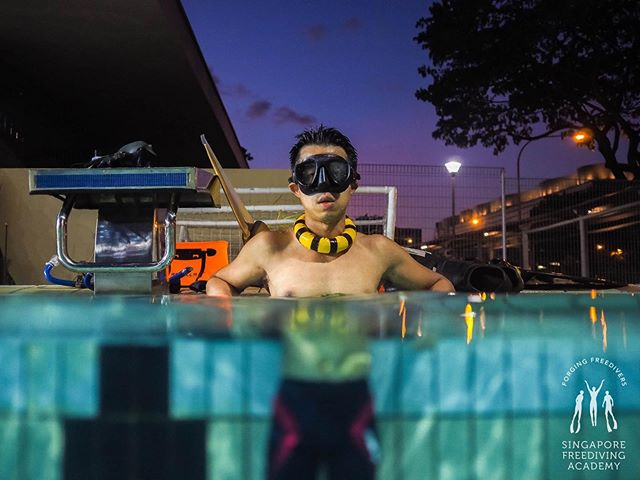 🎉To your first 50m and many more! • #apneasg #freedivesg #sgfreediving #freediving #sfa #singaporefreedivingacademy #pooltraining #training #onebreath #teachingisfun #getactive #gethealthy #losethegains #justkeepswimming