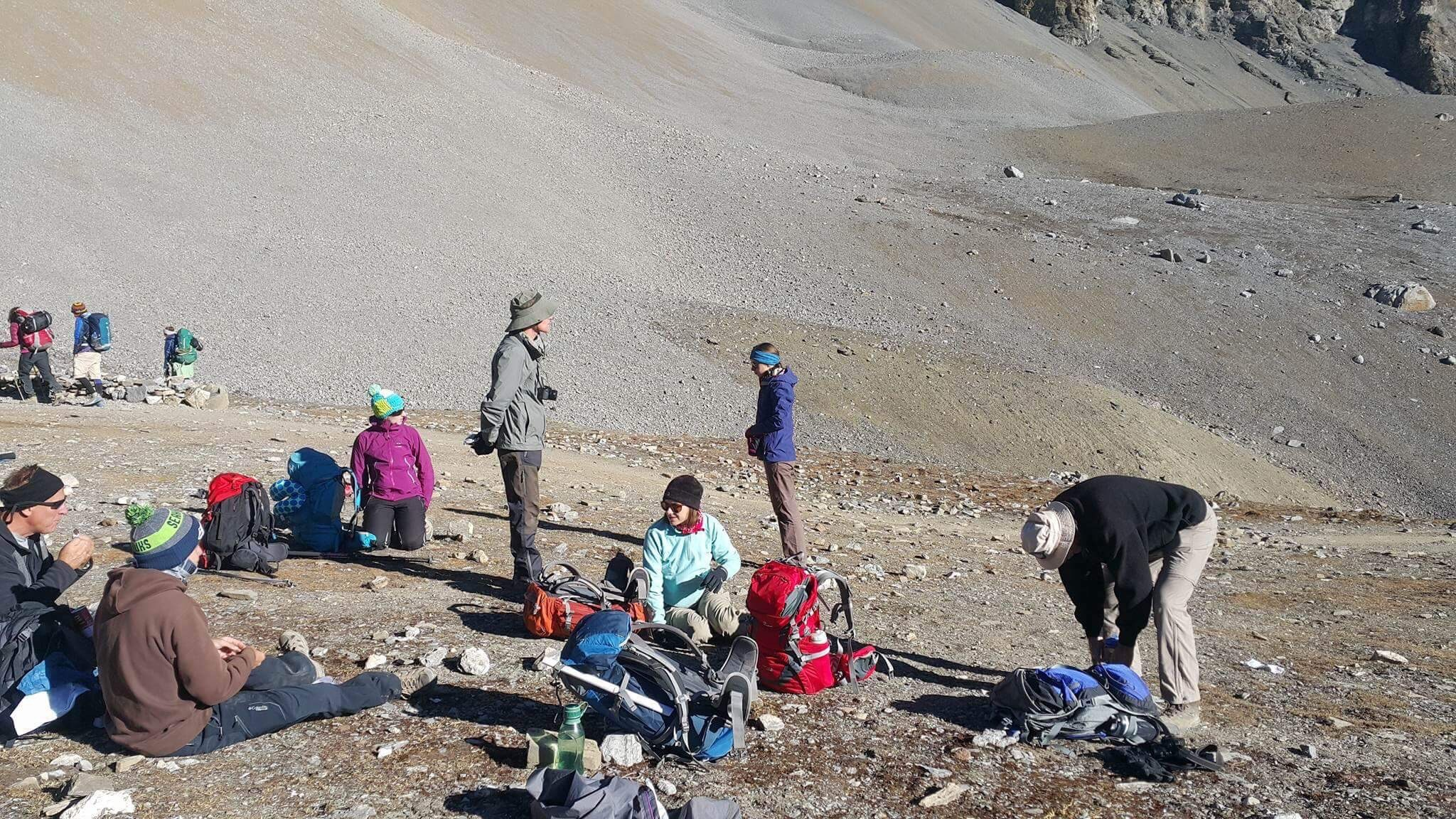 The area near the pass resembles the high rocky deserts of Tibet.
