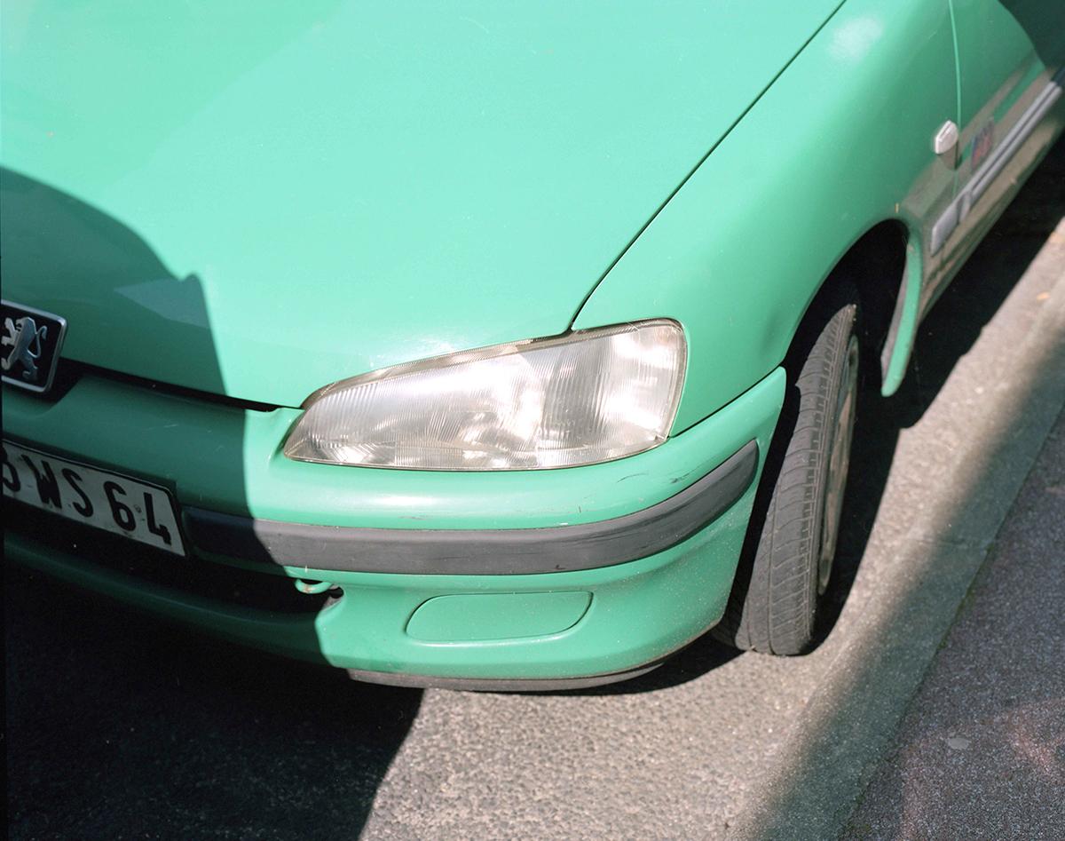 web_pollybrowngreencar.jpg