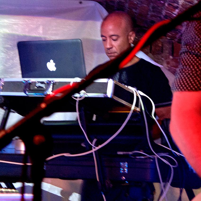 John keyboard 01.jpg