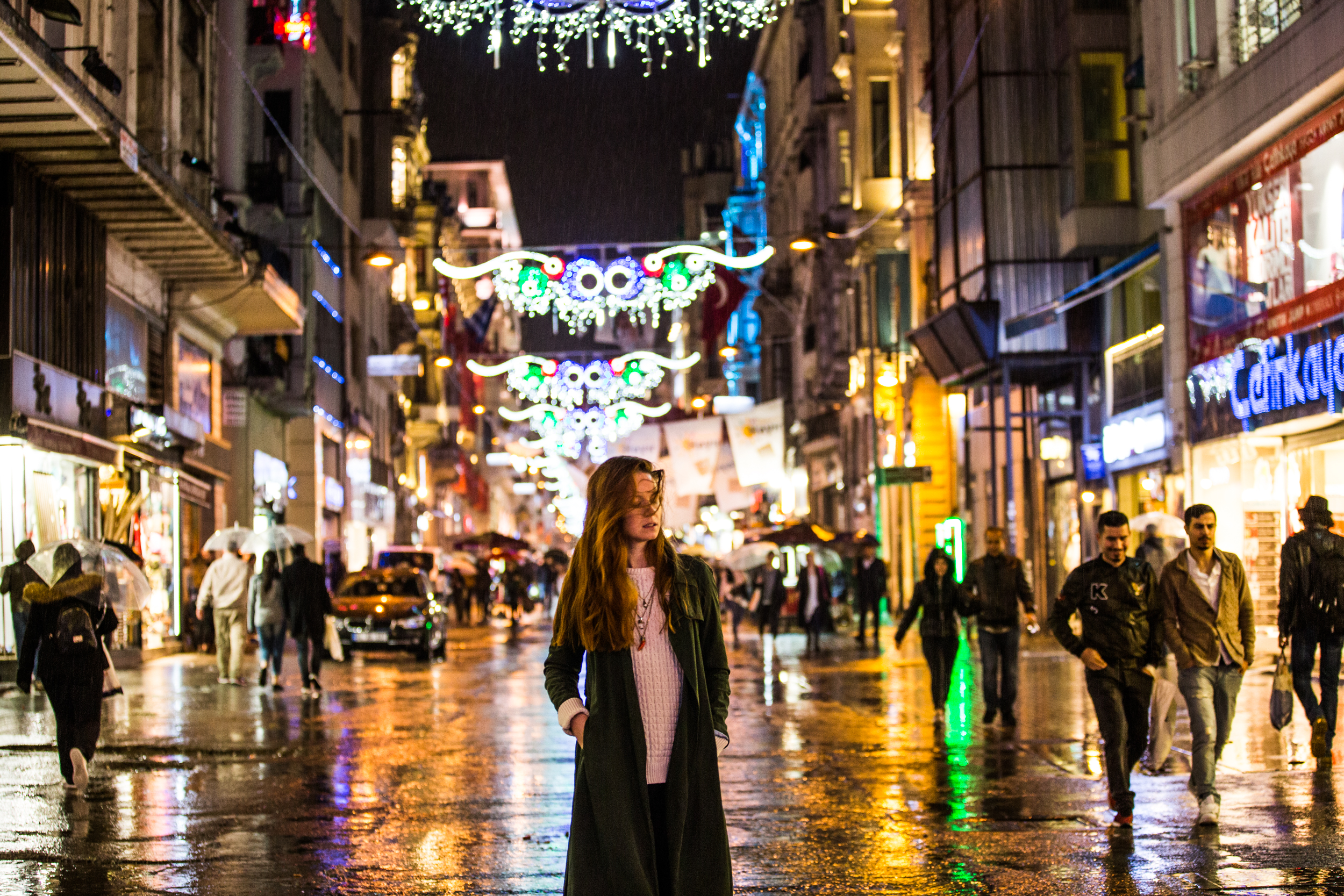 Rainy night in Taksim. Photo:  Alen Palander