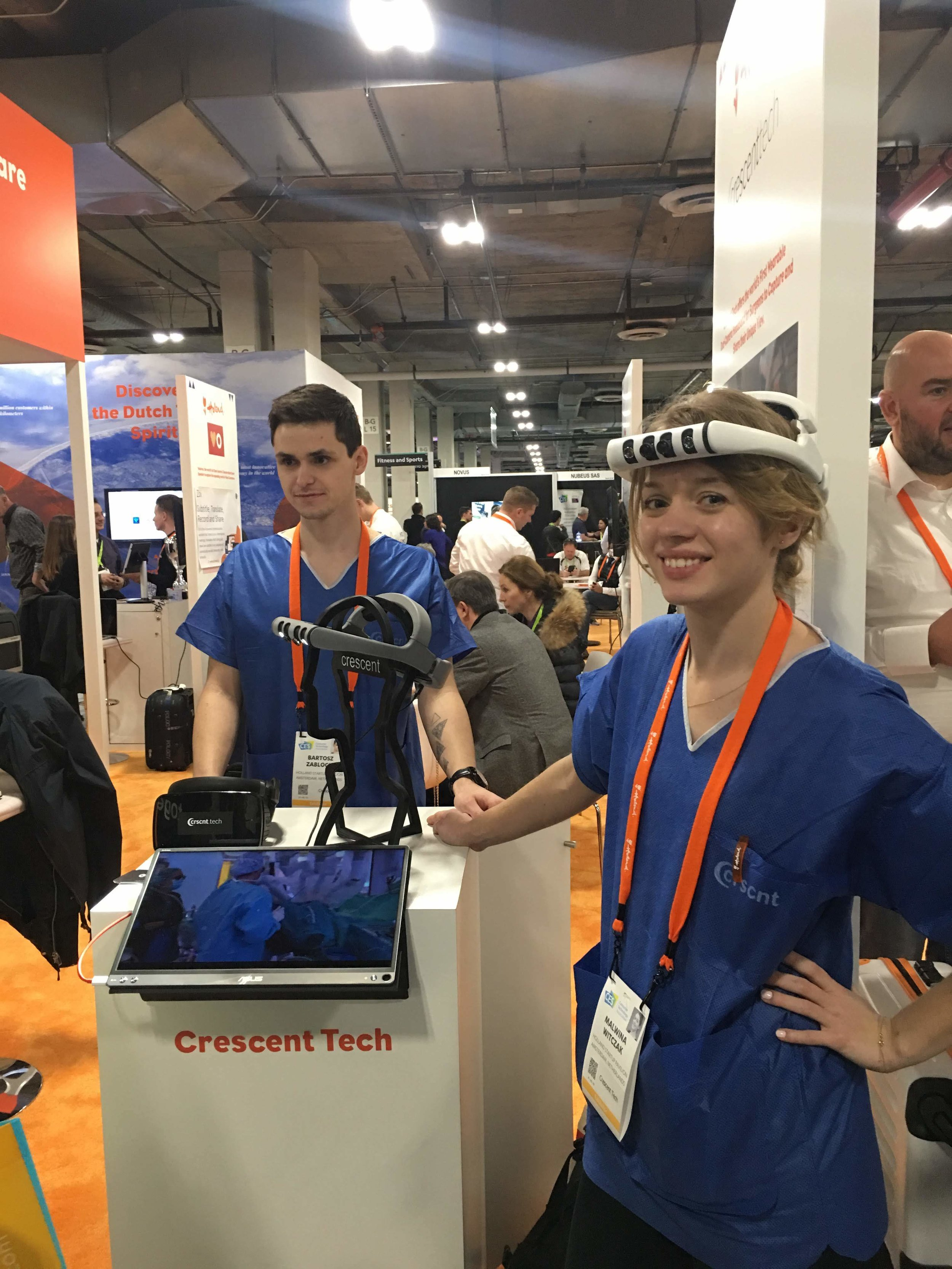 Bartosz and Malwina presenting Crescent Tech at CES2019