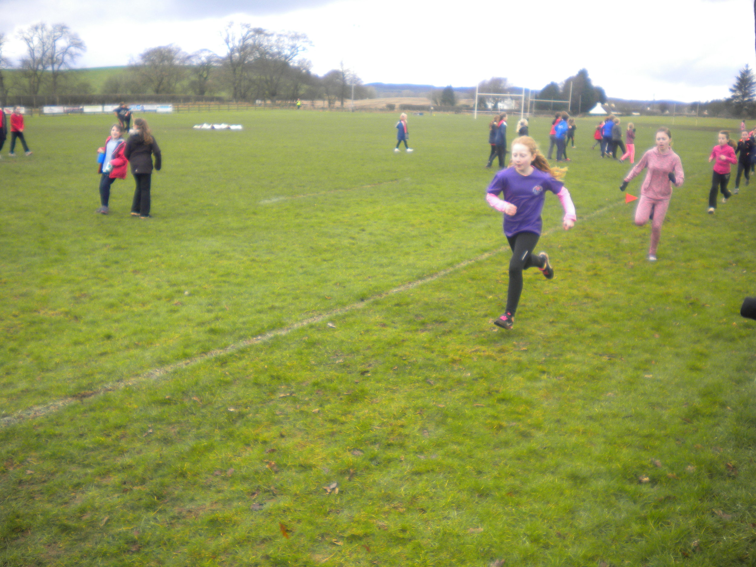 Here is K running up the home straight, determined that 1st place will be hers.
