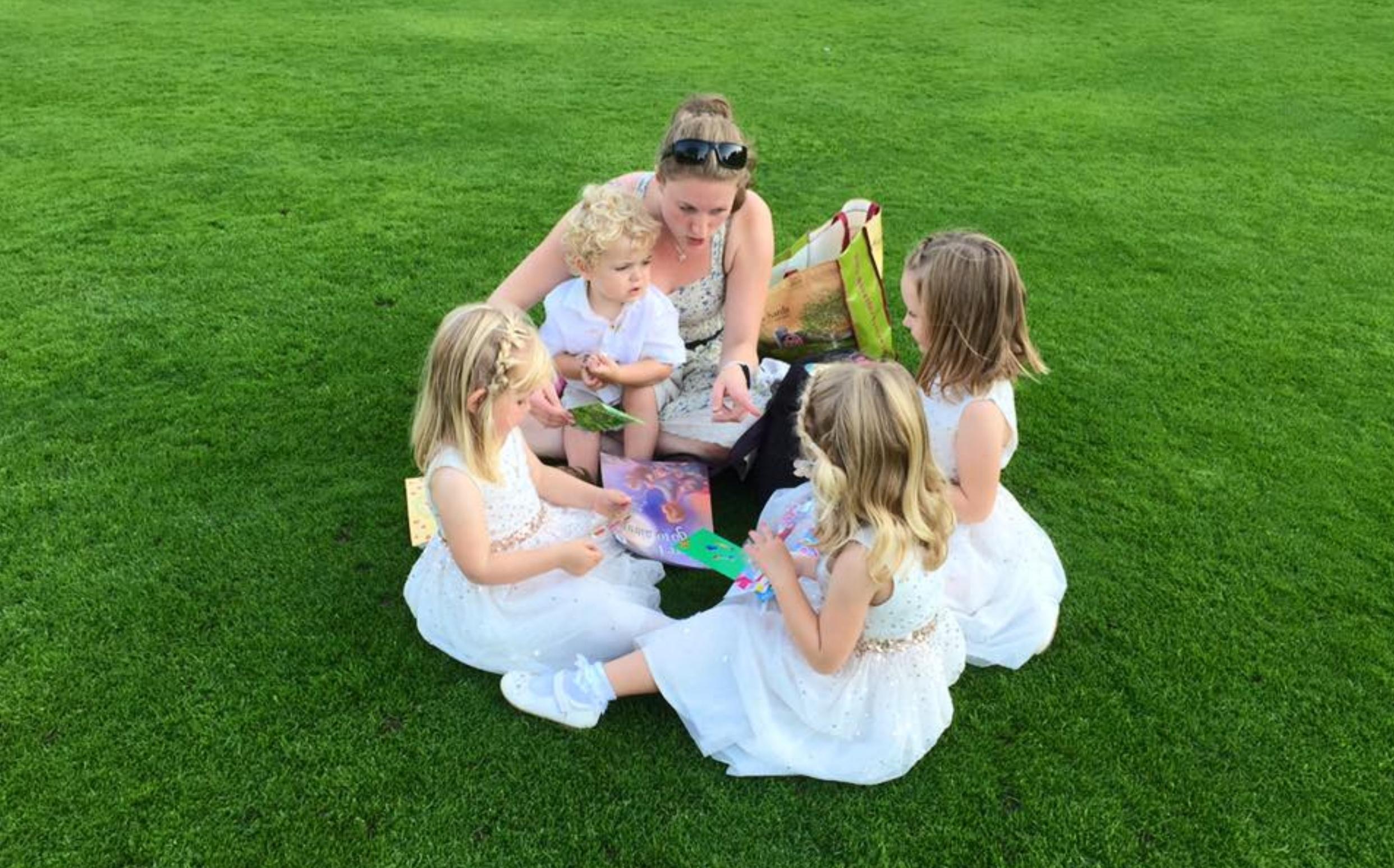 Walmsley+wedding+group+on+grass.jpg