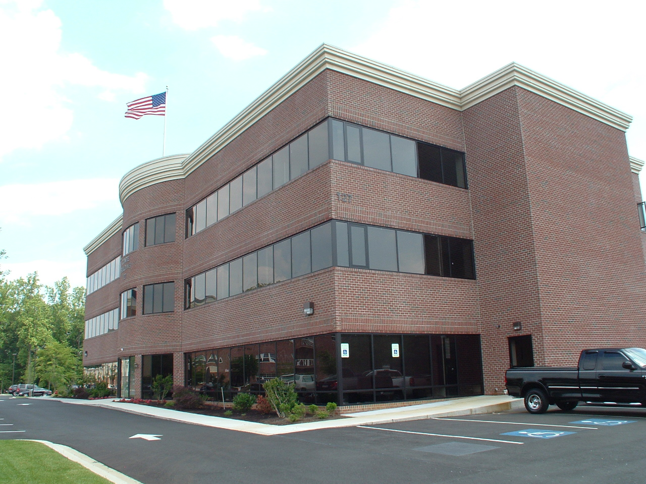 Conte Office Building