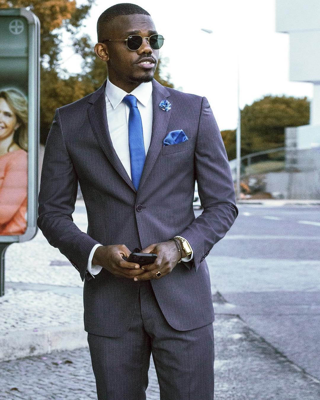 """O 'Upgrade' de Gilmário Vemba! - Deixou de ser o """"Ti Martins"""" e passou a ser chamado pelo próprio nome ou também como """"Mr. Fila da Goda"""" e tornou-se num Fashion Influencer."""