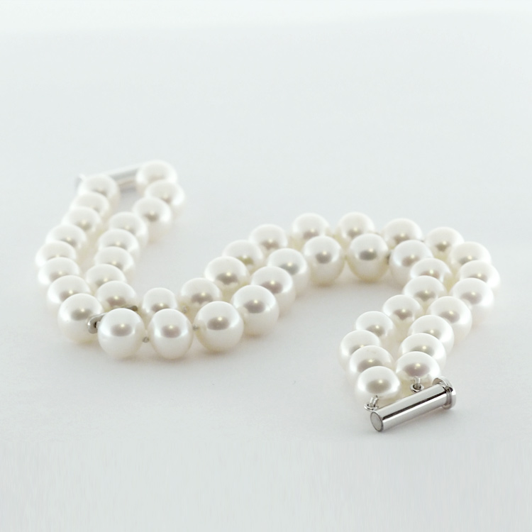 <b>Pearls Double Row</b><br>reg.RT:$1,132/ Promotion:$905<br>14K White Gold Clasp<br> and Divider Bars,<br> 8.5-9.25mm White <br>Freshwater Pearls