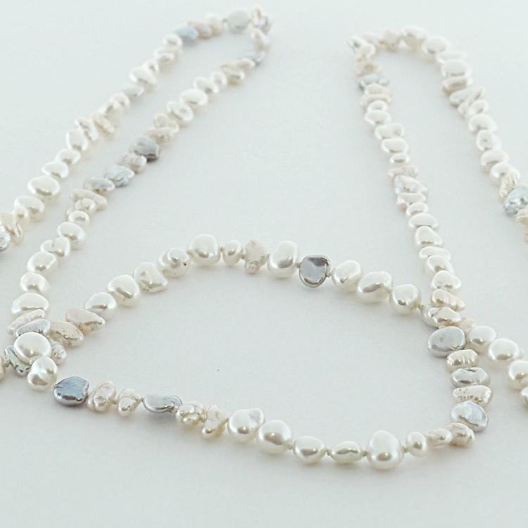 <b>Luxury Wrap</b><Br>$2,772<br>Genuine Biwa <Br>Natural Coloured <br>Fresh Water Pearls
