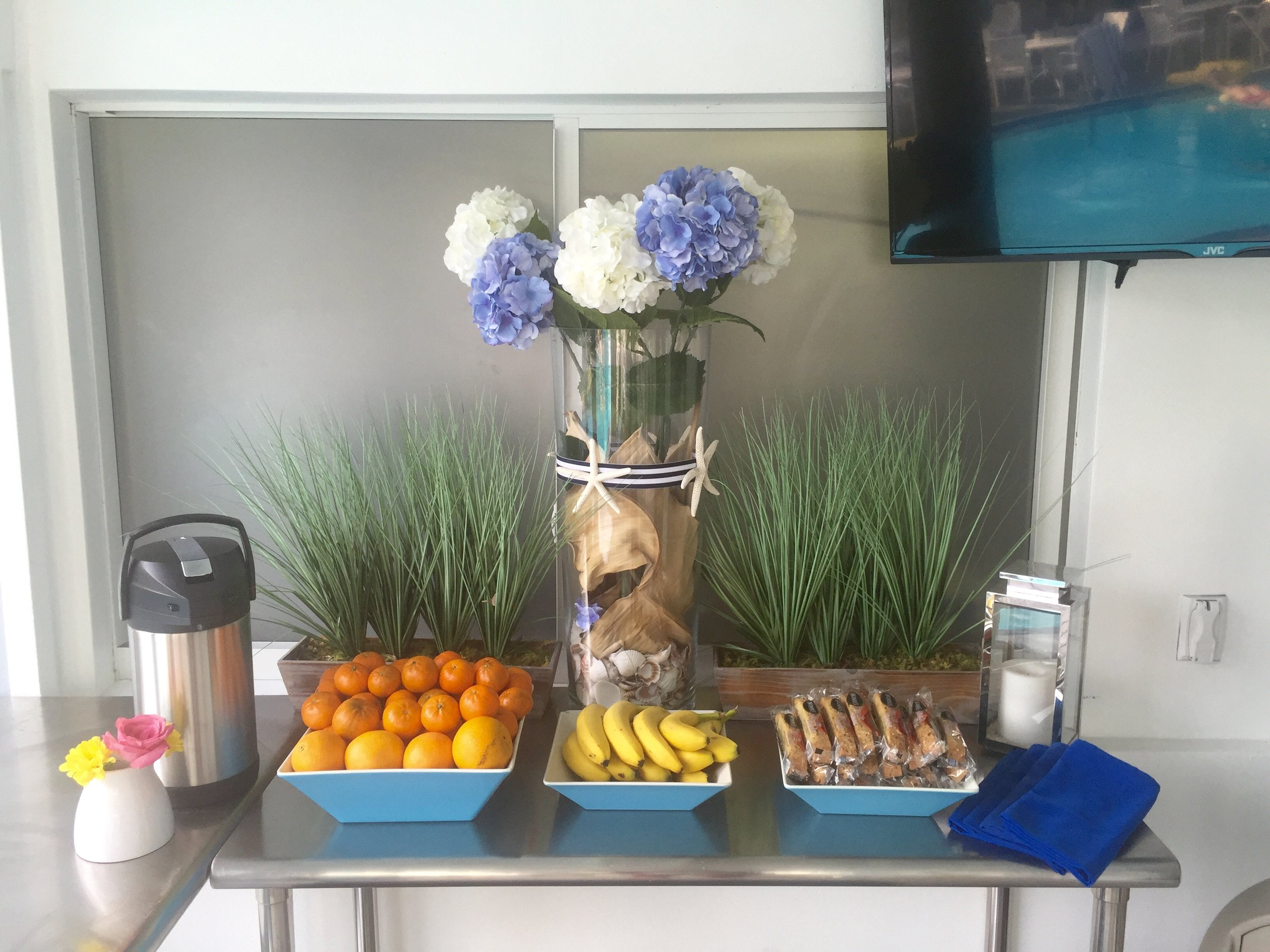 Refreshments - We provide complimentary fresh roasted Colombian coffee poolside everyday Assorted yogurts, biscotti and fresh fruits are available Monday to Friday.