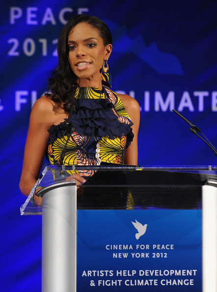 Noëlla hosted the 2012 Cinema for Peace Gala
