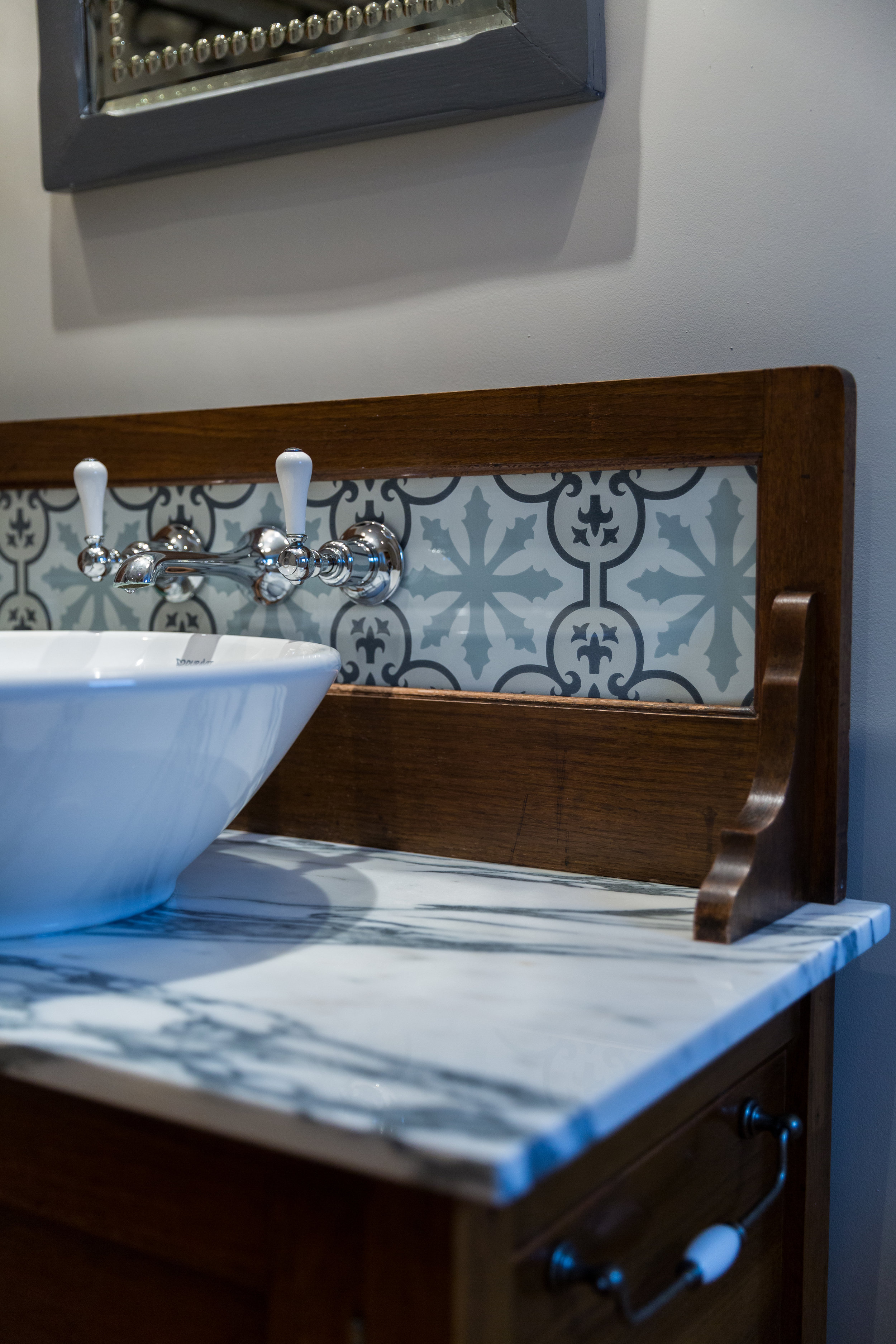 Bespoke marble washstand