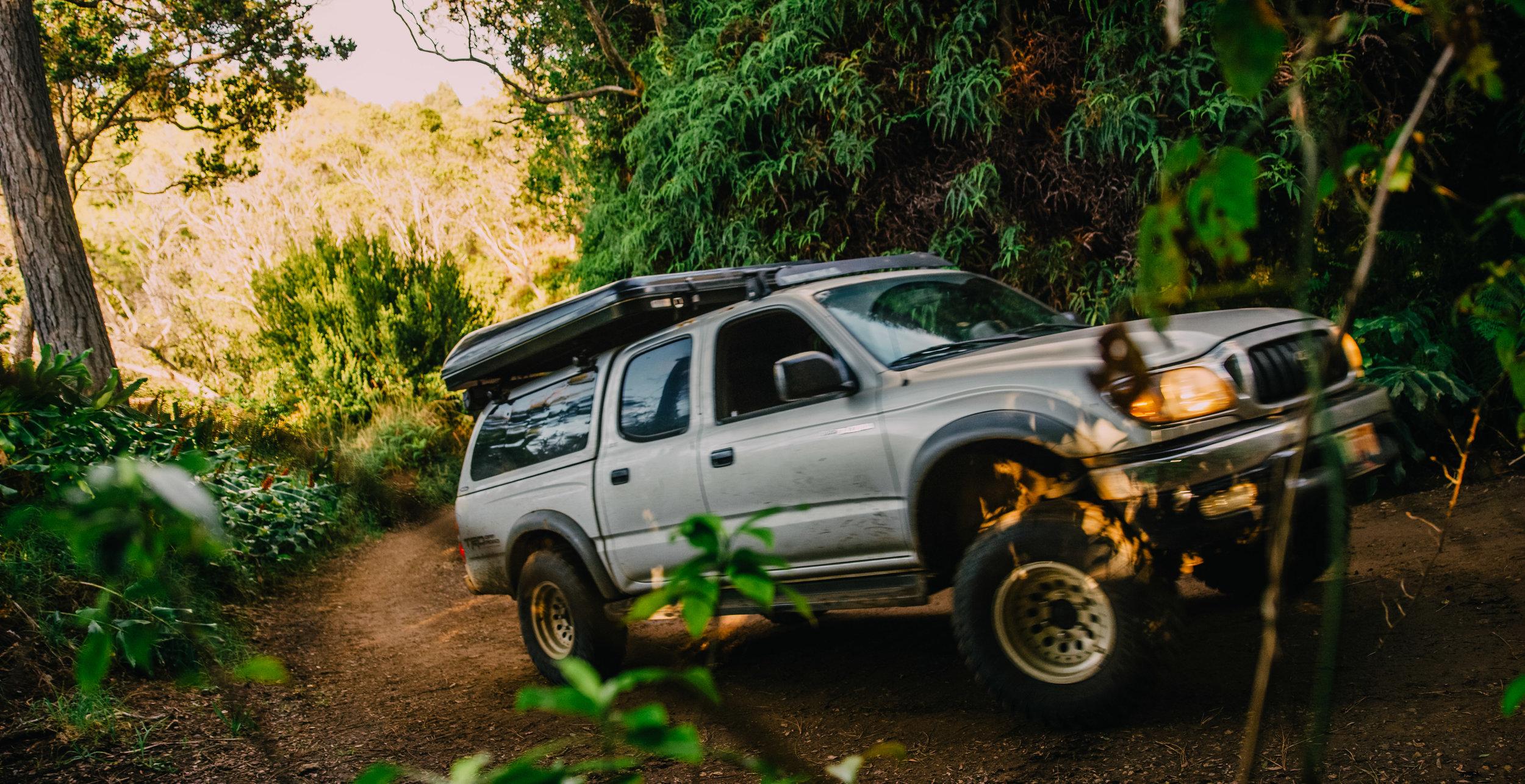 kauai-camping-occean-beach-polihale-kauai roof top campers-5.jpg