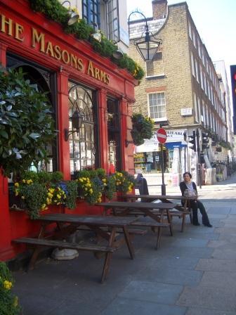 London Pub 06