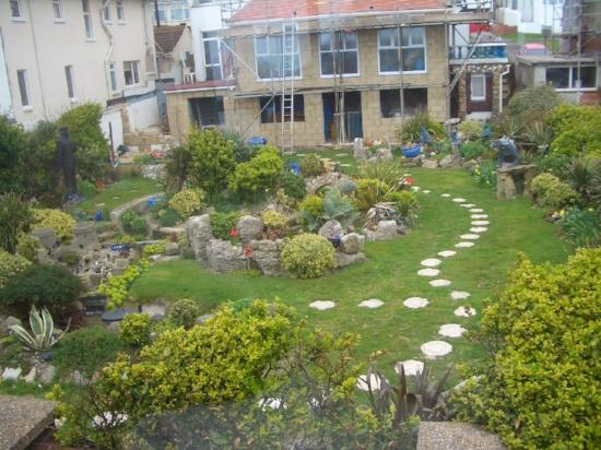 A Garden outside Brighton '06