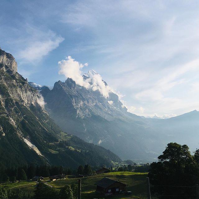Beautiful evening climb up the Grosse Scheidegg @lyndski 👊