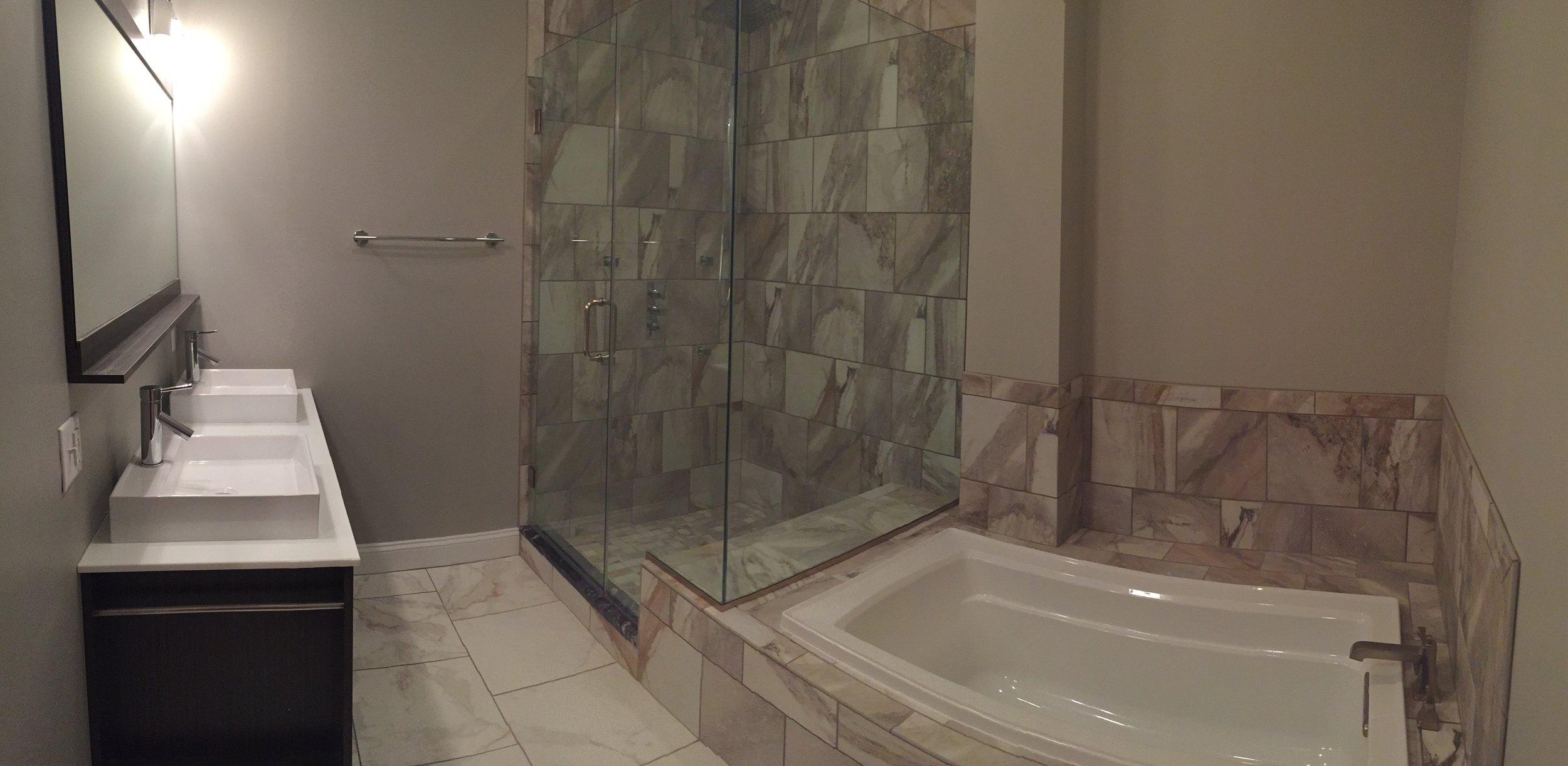 206 Bath Panoramic.jpg