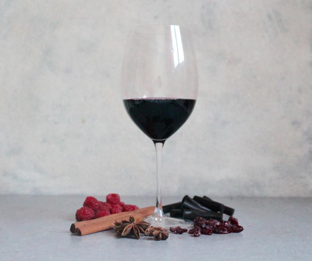 Key Flavours: Star Anise, Cinnamon, Liquorice, Raspberry, Cranberry