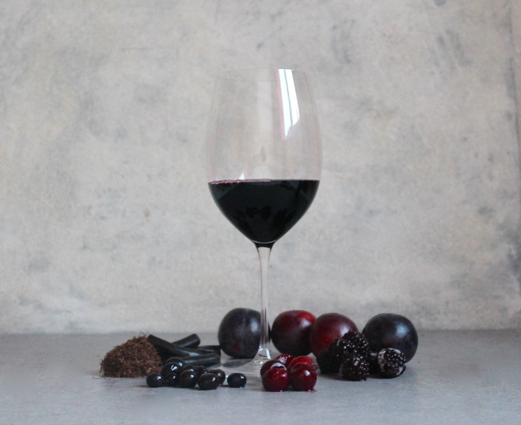Key Flavours; Plum, Cherry, Blueberry, Blackberry, Liquorice, Tobacco.