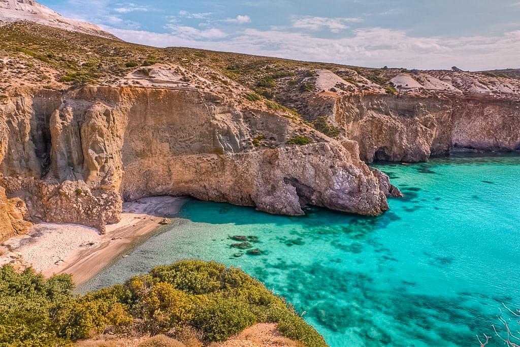 amazing low budget beach destinations.jpg