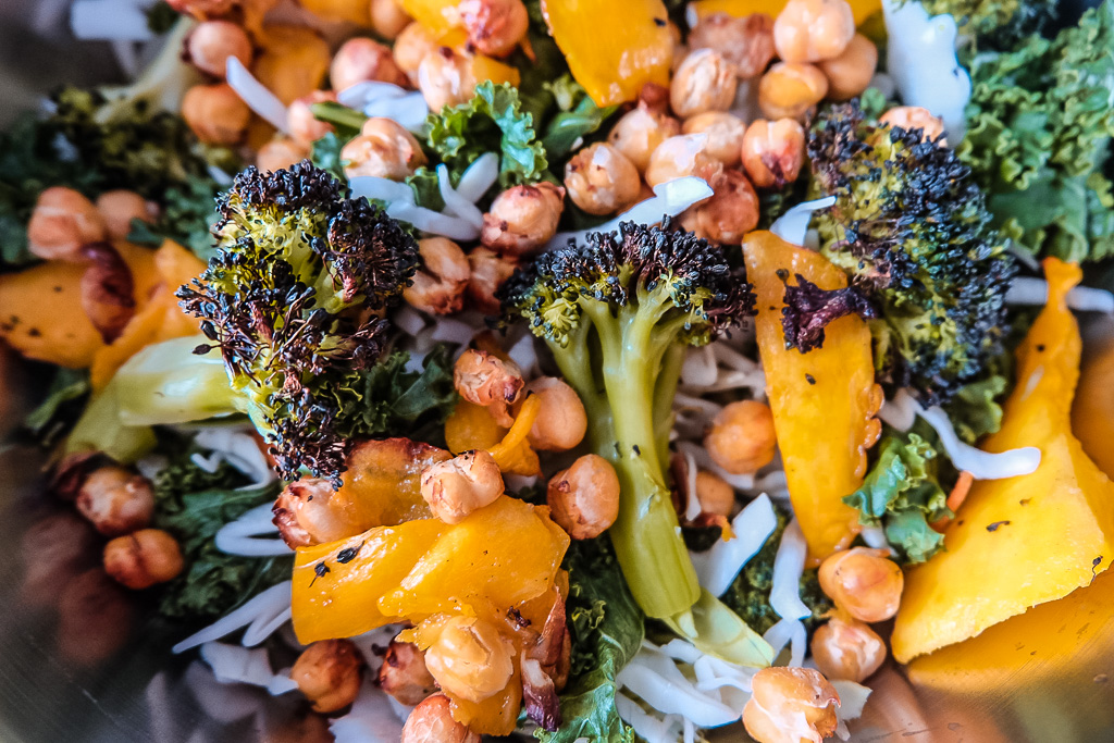 Vegan Chickpea Mango Salad