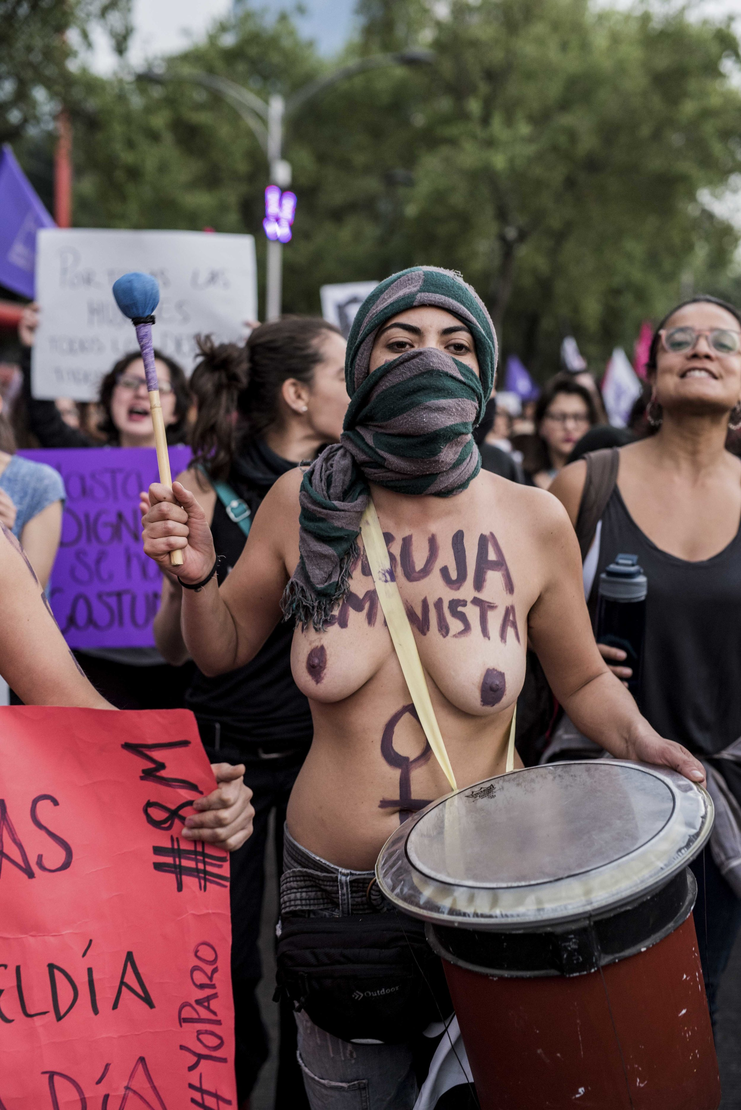8m bruja feminista batucada.jpg