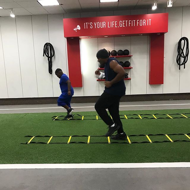 Lead by Example! Words 🔇/Actions 👀 🚨We are wrapping up our PERSONAL and GROUP TRAINING SPECIALS 💥 Sign up online📲NOLAfitlife.org or come visit the gym! 🤘🏽Contact us: Info@nolafitlife.org. for Consult and all other inquiries.