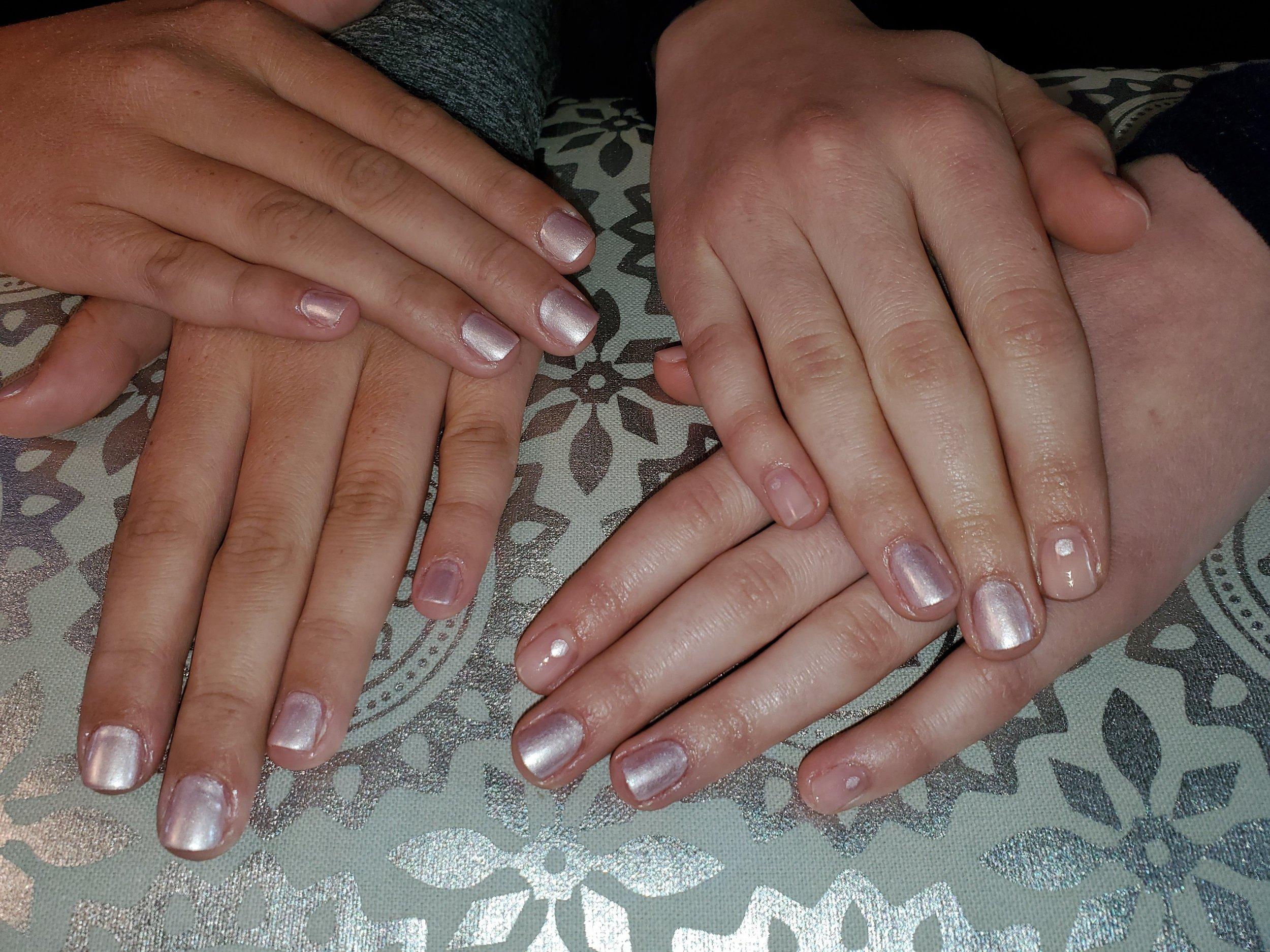 Nail Art Besties Mani Dazzle Dry