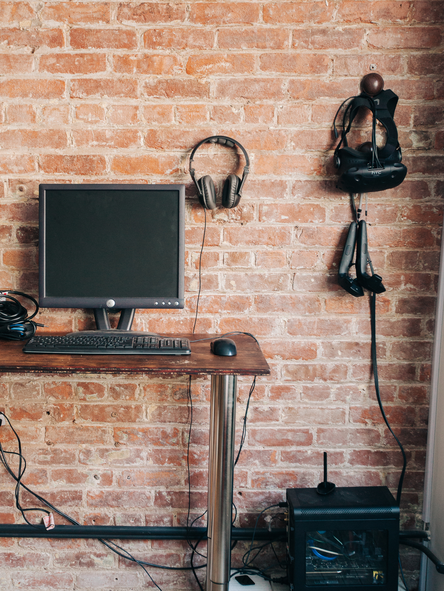 VR Demo PC  (Custom build / i5-6500 / 8gb DDR4 / GTX980 Ti / SSD / Windows 10 Home)
