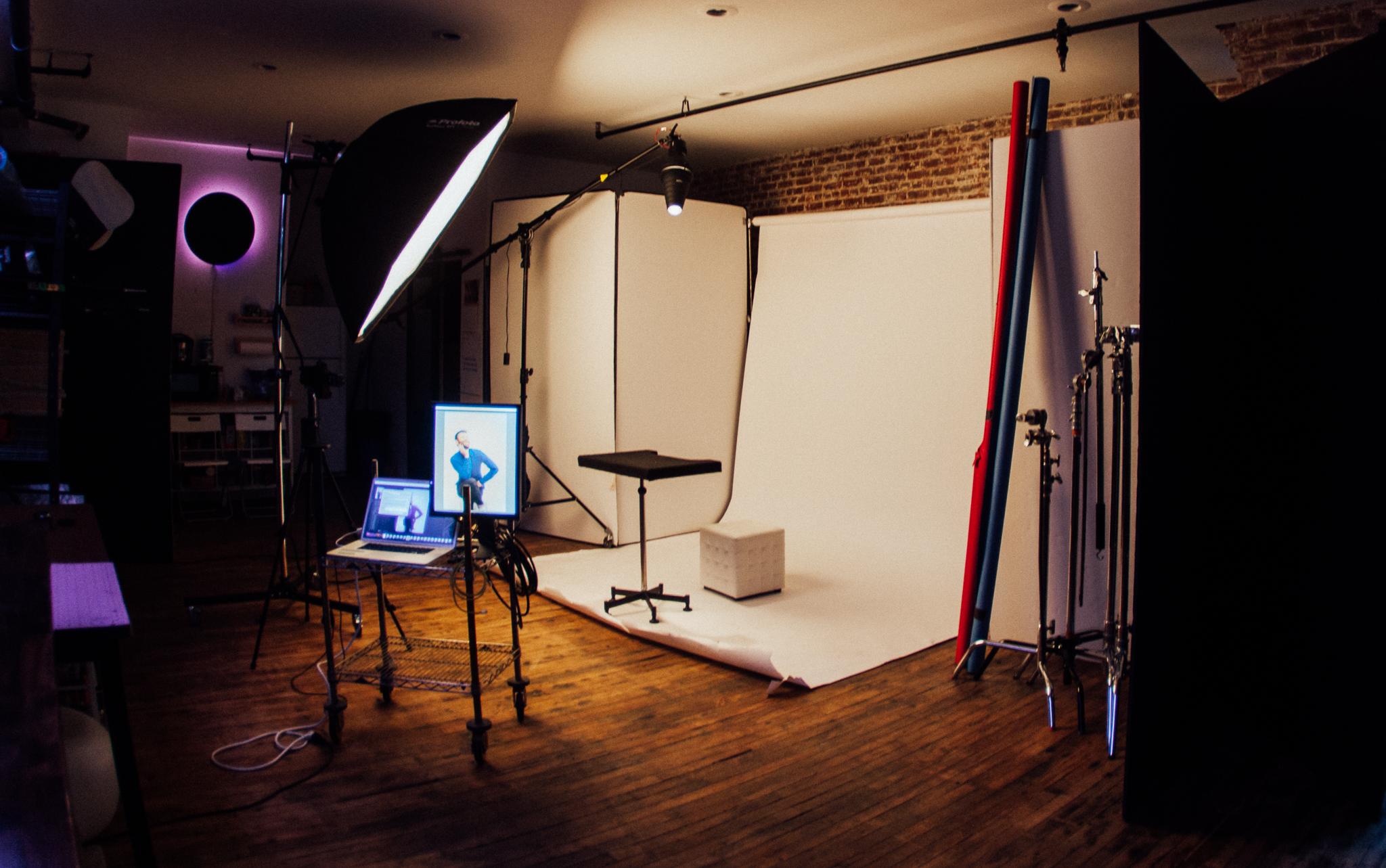 Full seamless setup for portraiture
