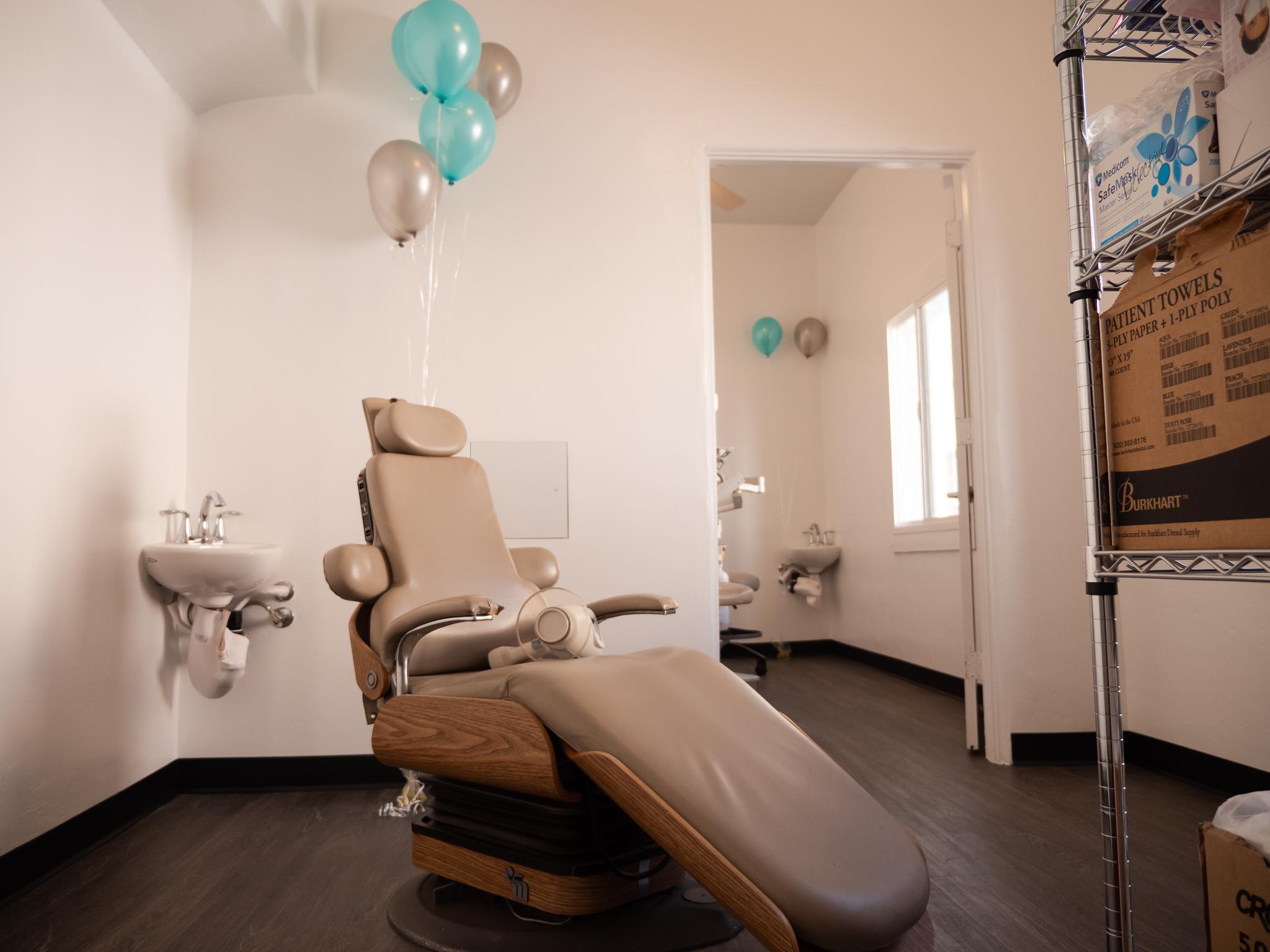 Dental Clinic Photo-1.jpg