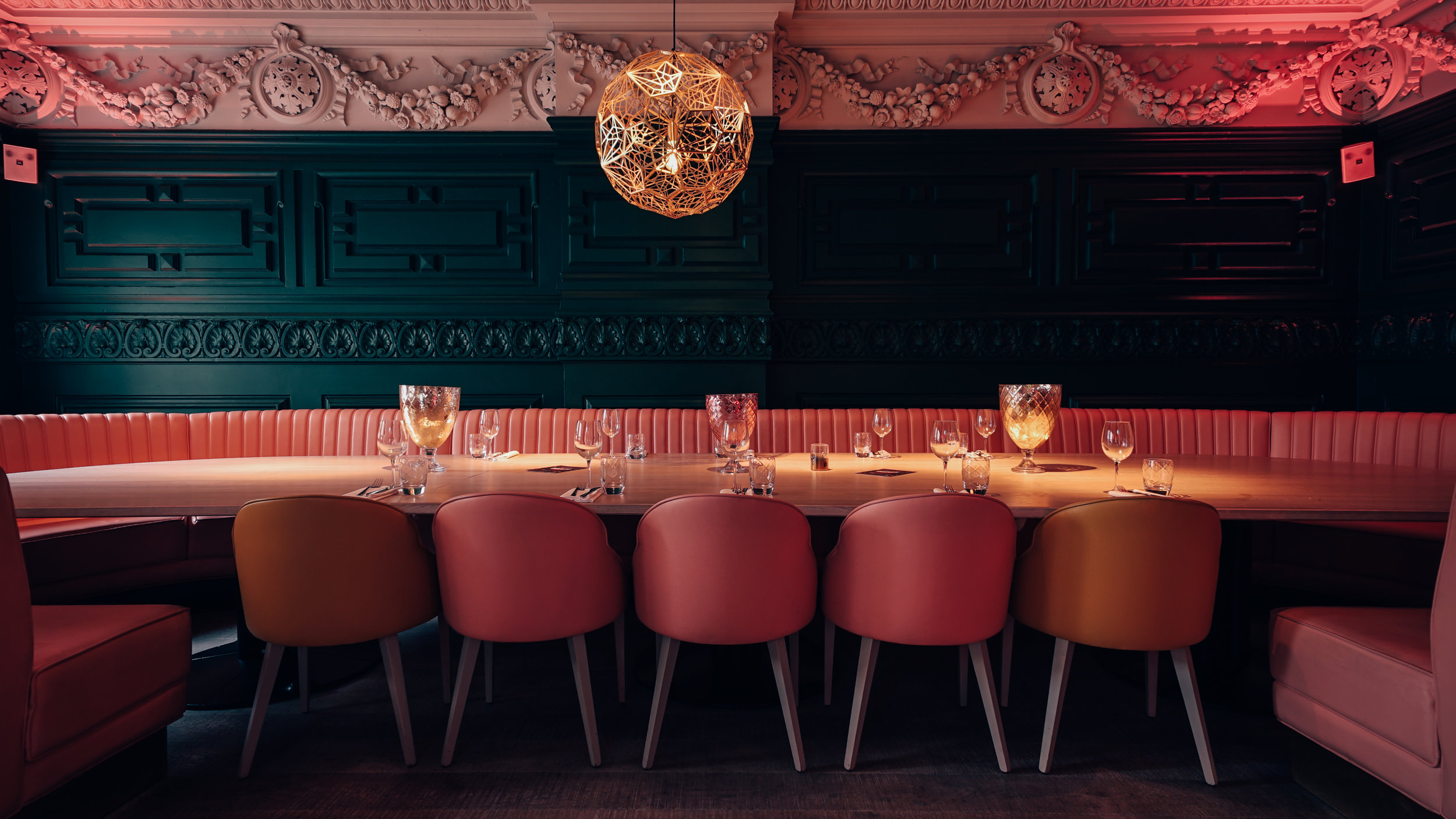 Neighbourhood Restaurants | Interiors