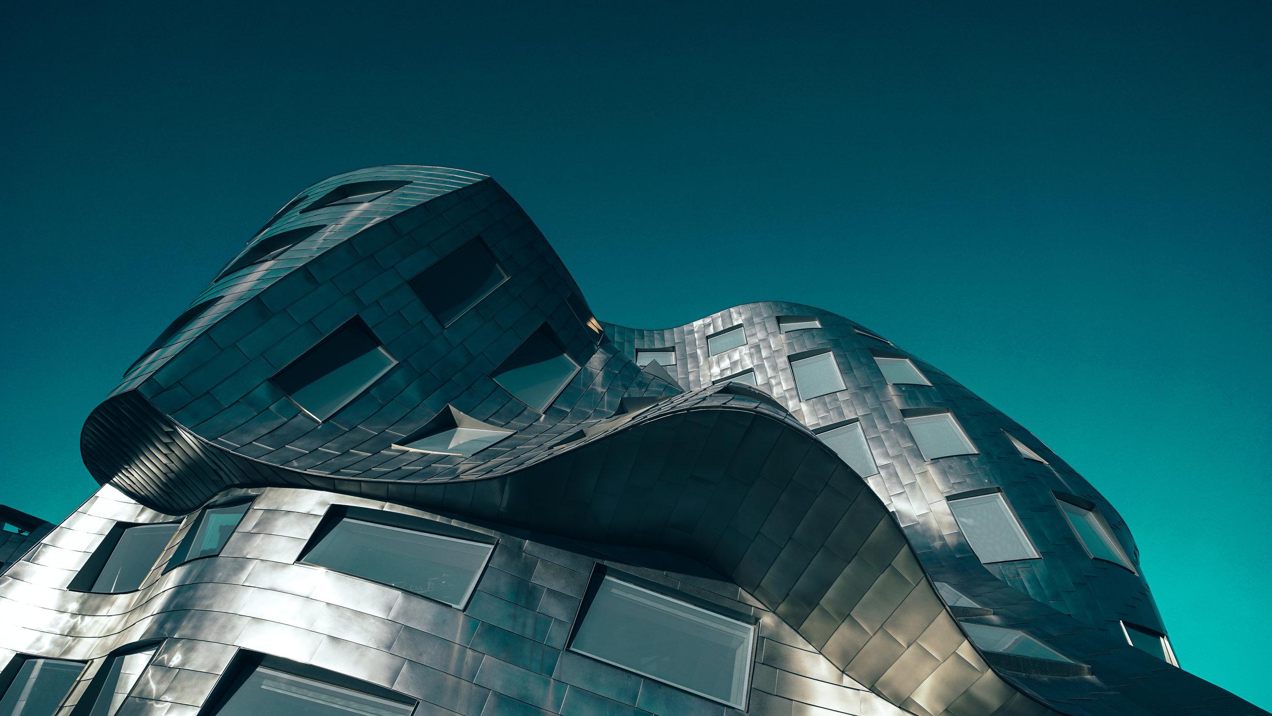 Frank Gehry Building Las Vegas | Zeiss Lenspire