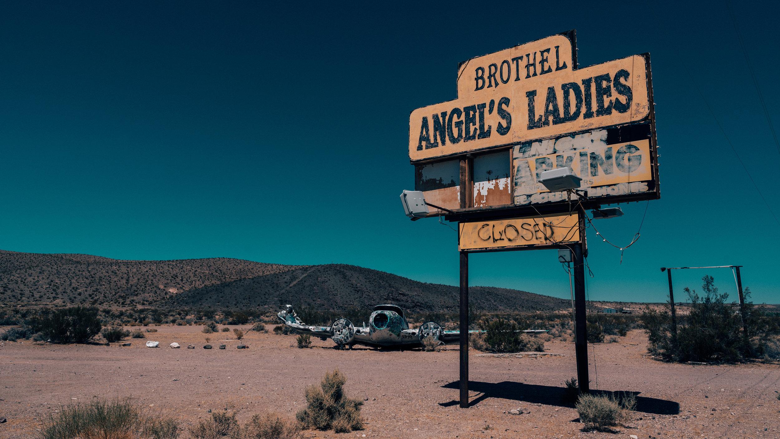 Beatty Town | Nevada | Zeiss Lenses